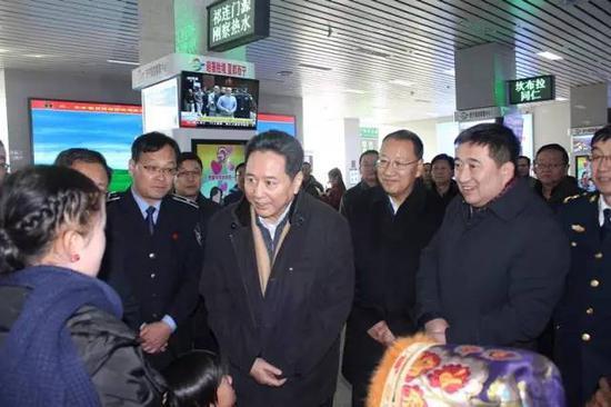 李小鹏调研西宁客运中心