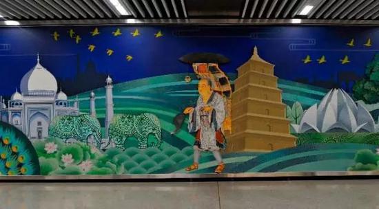 大雁塔站的壁画