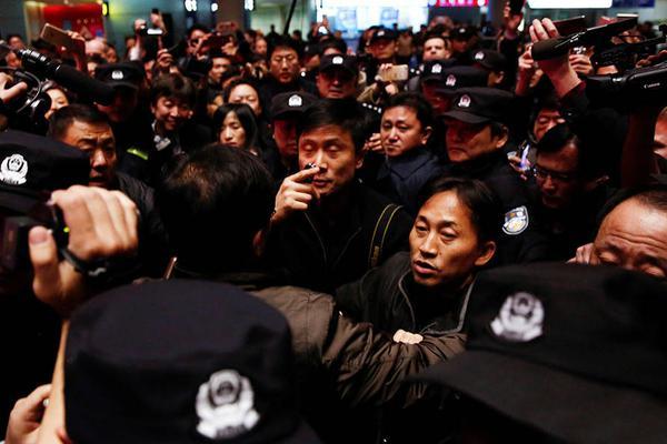 韩国赌场平台不出款?副镇长辟谣:假的