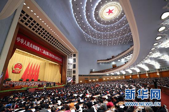 3月5日,第十二届全国人民代表大会第五次会议在北京人民大会堂开幕。 新华社记者 庞兴雷 摄