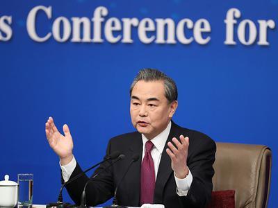 王毅:中美俄关系不是你上我下的跷跷板