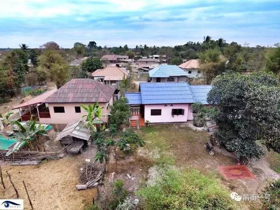 阿笋老挝老家所在的村子。
