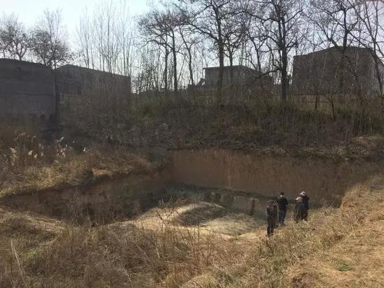 挖掘前的灵井遗址