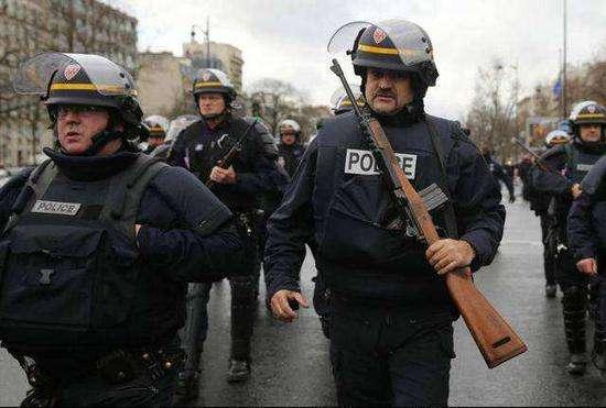 法国警察。资料图