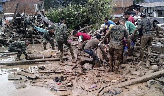 哥伦比亚发生泥石流事故 死亡人数升至154人