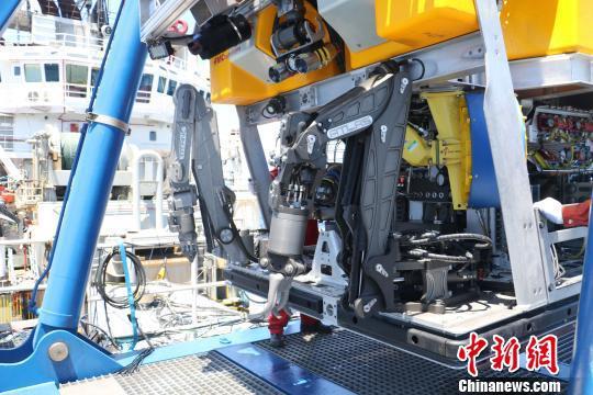 中国救捞系统已具备3000米级深水救捞能力。 陈朋 摄