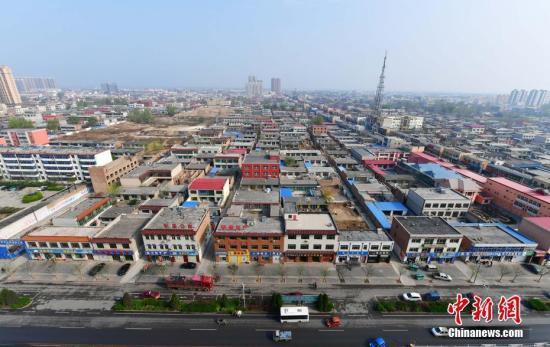 资料图:4月5日,从高空俯瞰河北容城。 中新社记者 翟羽佳 摄