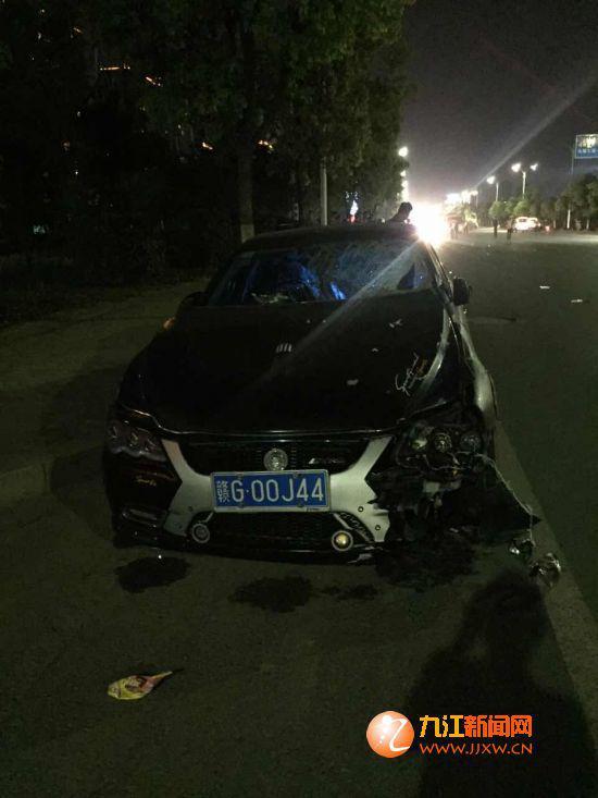 车牌为赣G00J44的肇事车辆。