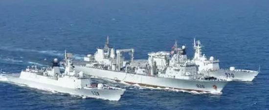 ▲在亚丁湾执行护航任务的中国海军编队