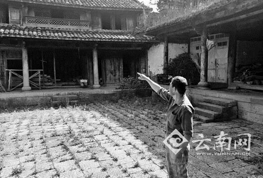 艳星王李丹尼高清性感写真