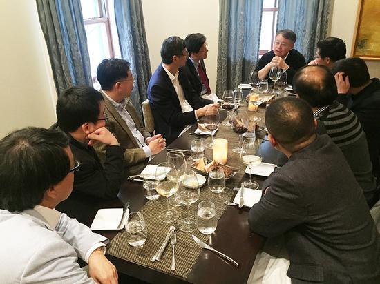 江校长同普林斯顿大学部分华人教授会面
