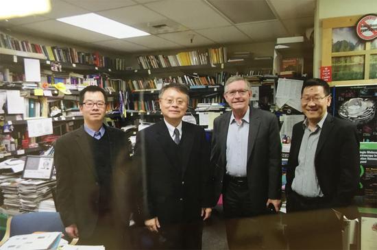 江校长与诺贝尔化学奖获得者、斯坦福大学化学系William E。 Moerner教授及沈志勋教授等会面
