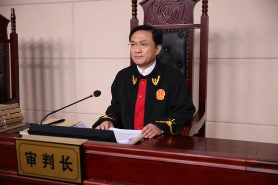 主审法官王晓东