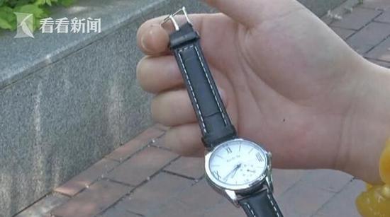 男子网购廉价手表被恐吓:不打钱卸你腿