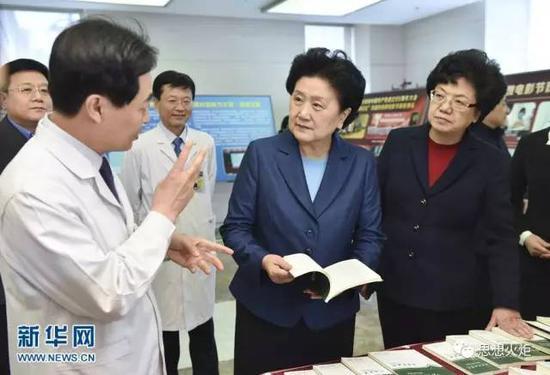 中国社会科学院是一个大师云集、名家辈出的地方。无论是昔日还是今天,人才优势都是中国社会科学院最突出的优势之一。