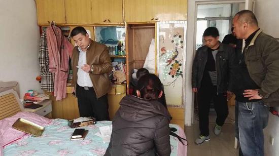 刘华东、鲁丽丽被抓捕现场