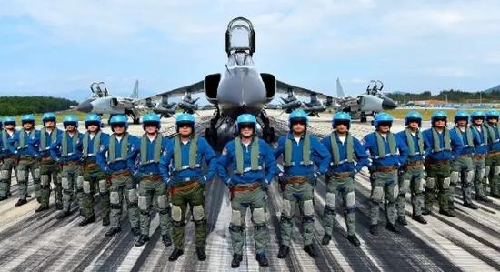 海军南海舰队航空兵某飞行团