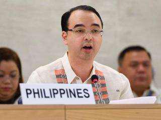 资料图:菲律宾外长卡亚塔诺