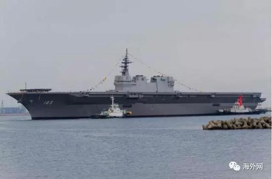 """日本海上自卫队的直升机护卫舰""""出云号"""""""