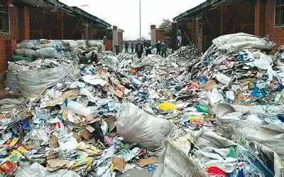 """环保部:组织排查""""洋垃圾"""" 启动问责机制"""