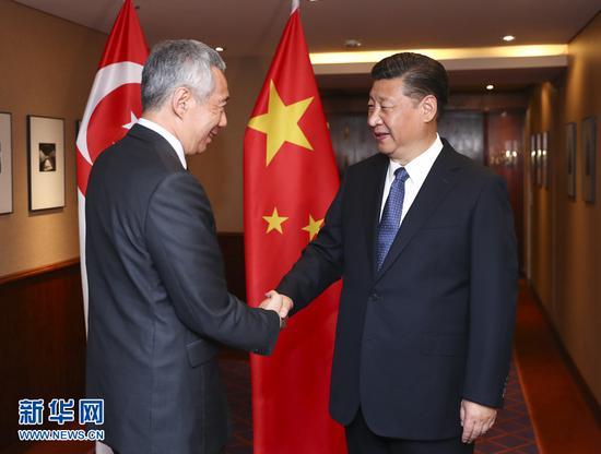 7月6日,国家主席习近平在汉堡会见新加坡总理李显龙。 新华社记者谢环驰摄