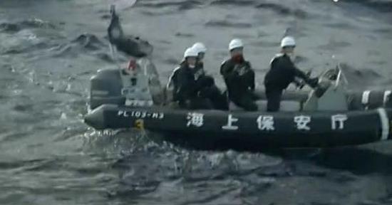 日本海上保安厅在巡逻