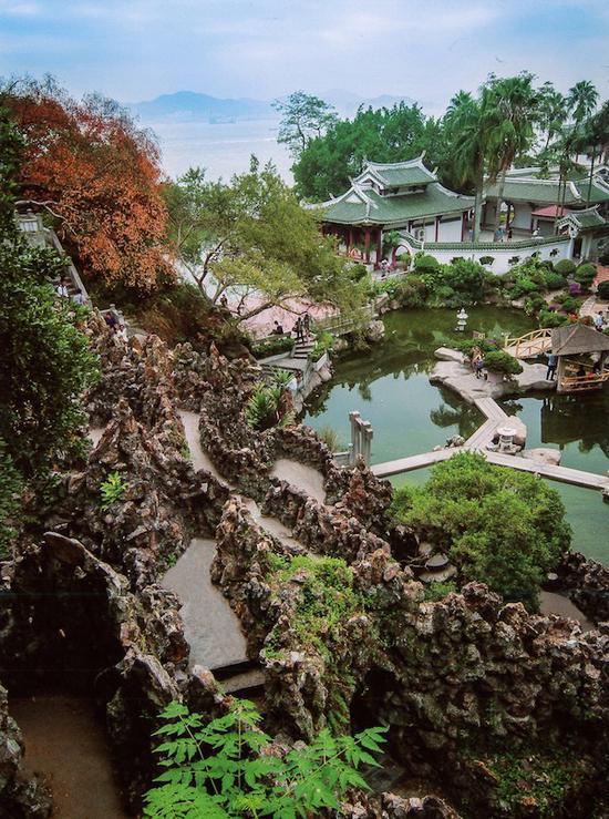 """菽庄花园的""""藏海""""和""""补山"""",鼓浪屿"""
