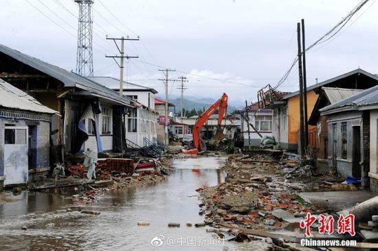 黑龙江尚志暴雨已致1人死亡 救援仍在继续
