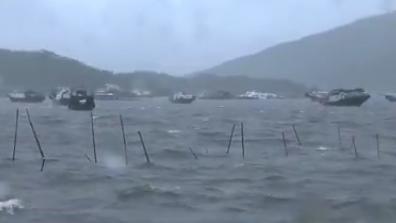 台风洛克在喷鼻港西贡沿海登岸