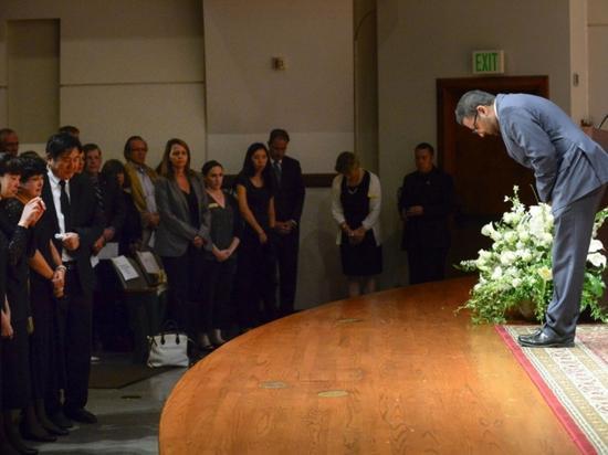 南加州年夜学月初举行运动,吊唁纪怅然。(南加州年夜学网站截图)