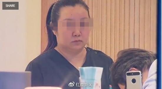 33岁的中国女游客邵婕(音译)被控涉嫌过失杀人罪。 本文图片均来自红星新闻
