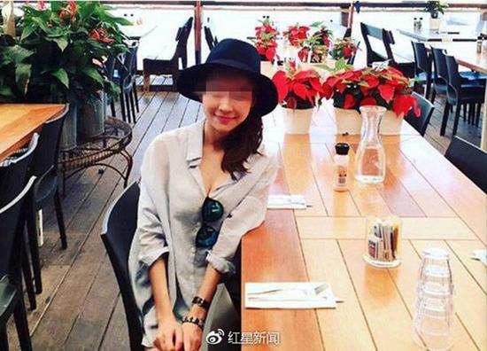 美容店老板黄珍(音译) 因脑损伤不幸去世。