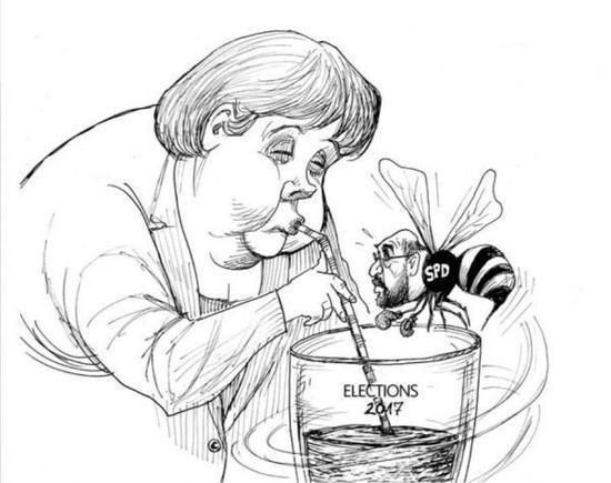 """[独享]德国总理默克尔闭着眼睛享受杯中的""""2017年大选"""",化身小蜜蜂的社会民主党(SPD)总理候选人马丁·舒尔茨只能眼巴巴地绕着玻璃杯飞。(美国政治漫画网)"""