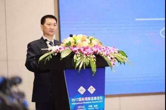 杭州市常务副市长戴建平讲话