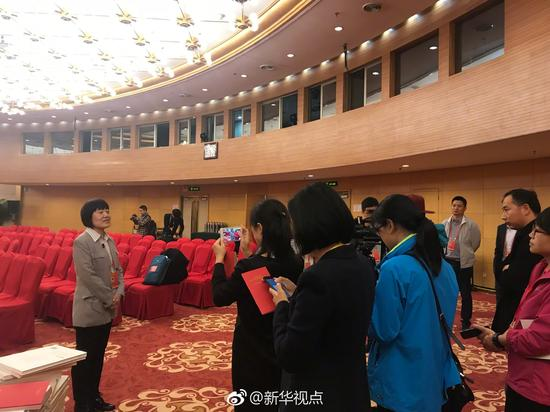 """十九大将在人民健康jk666大会堂开设""""党代表通道"""""""