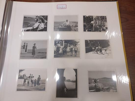 建国初期(1954年4月-8月),陈毅和家人在一起的照片