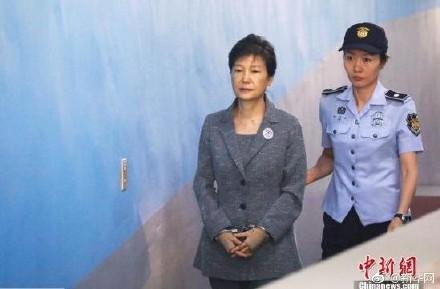 韩法院延长对朴槿惠羁押期限