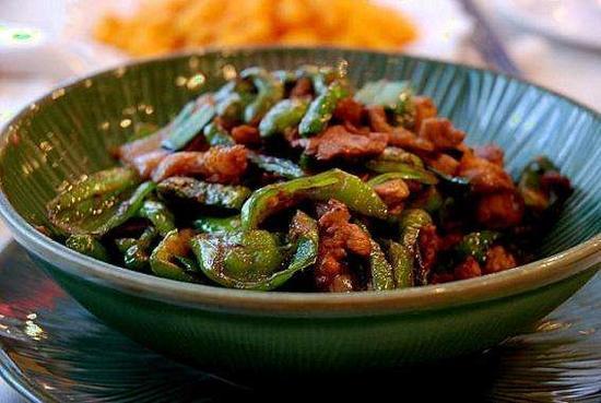 辣椒炒肉。收集图