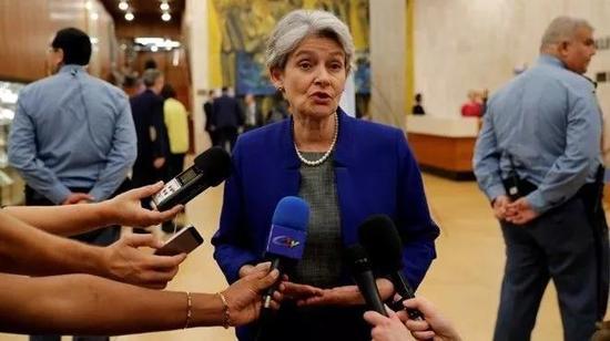 ▲10月12日,团结国教科文组织总做事伊琳娜·博科娃在巴黎接受采访时,对美国退出的决议表现遗憾。(路透社)