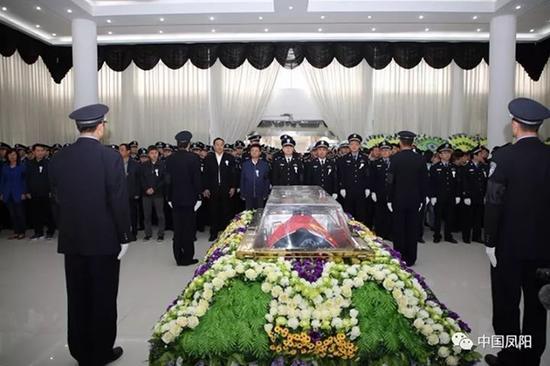 吴微同志遗体告别仪式现场。