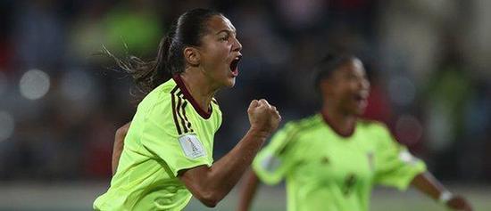 卡斯特拉诺斯在U17世界杯半决赛打入进球后,收获了许多粉丝。