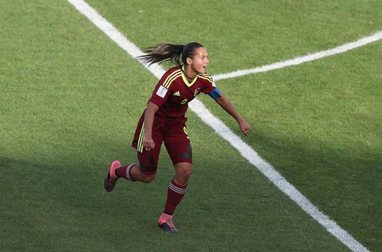 2016年女子U17世界杯1/4决赛,墨西哥VS委内瑞拉。卡斯特拉诺斯表现出色。  视觉中国 资料图