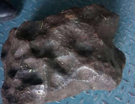 蒋维和其团队开端判断出的真陨石。
