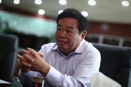 曹德旺,全球最大的汽车玻璃供应商福耀集团掌舵者,中国第一代民营企业家。新京报记者 彭子洋 摄