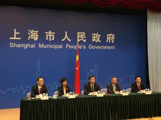 11月14日,上海市政府新闻办举行市政府新闻发布会。 澎湃新闻记者 俞凯 图