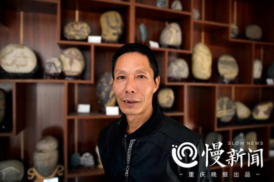 30年间,罗长国走遍大江南北,为的就是寻找一块满意的奇石