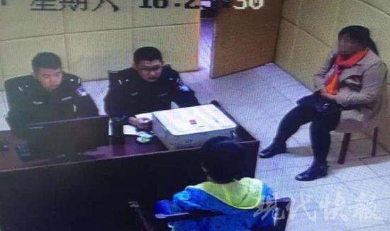 △小军接受警方调查 警方供图