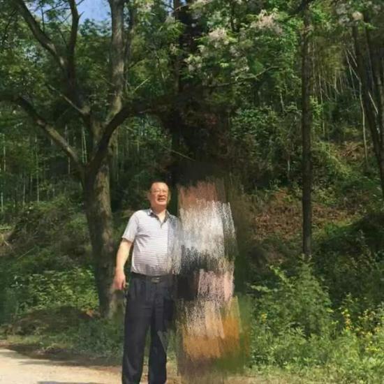 桃江四中校长杨宇。