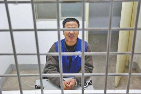 潜逃21年的贾某某被抓获。 大河报 图