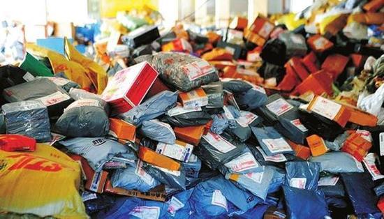 包装垃圾的猛增,已成为生活垃圾的主要增量。